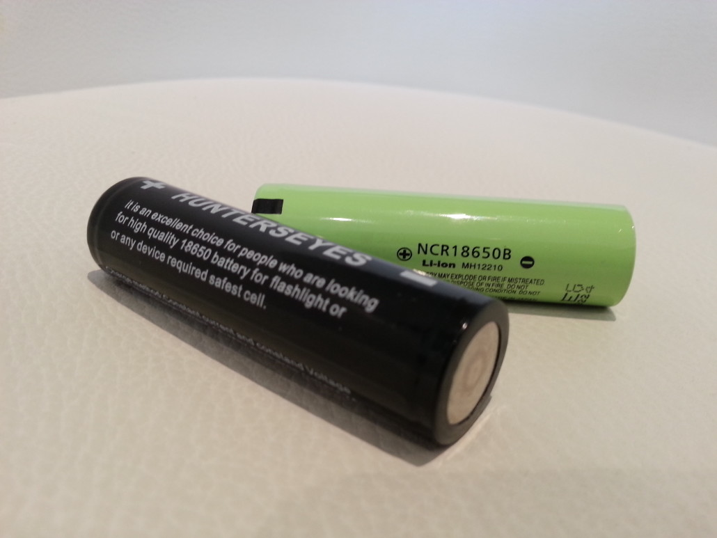 8650 Lithium-ion (rechargeable) batteries
